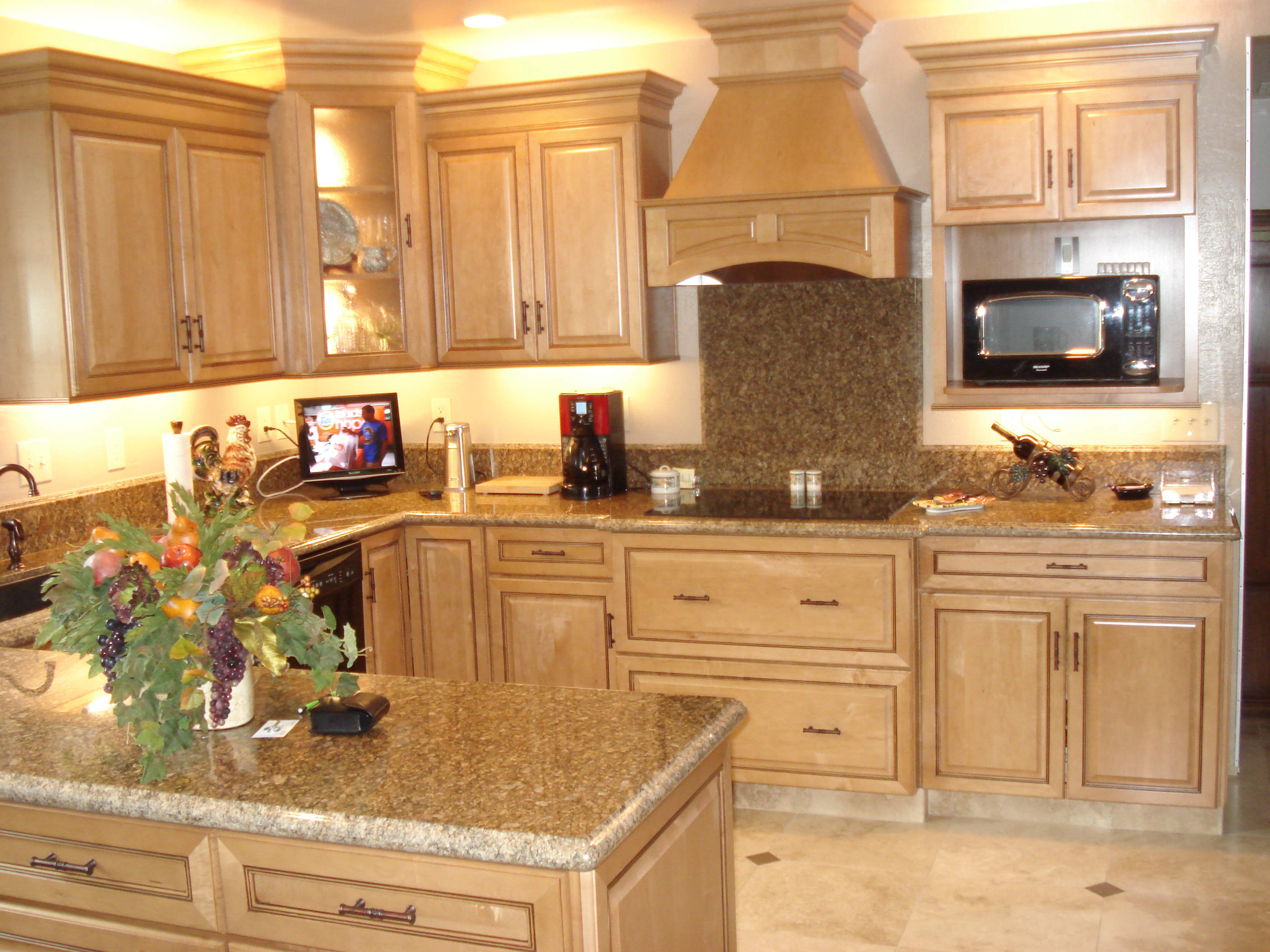 Kitchen remodels absolute electric for Kitchen remodel pics