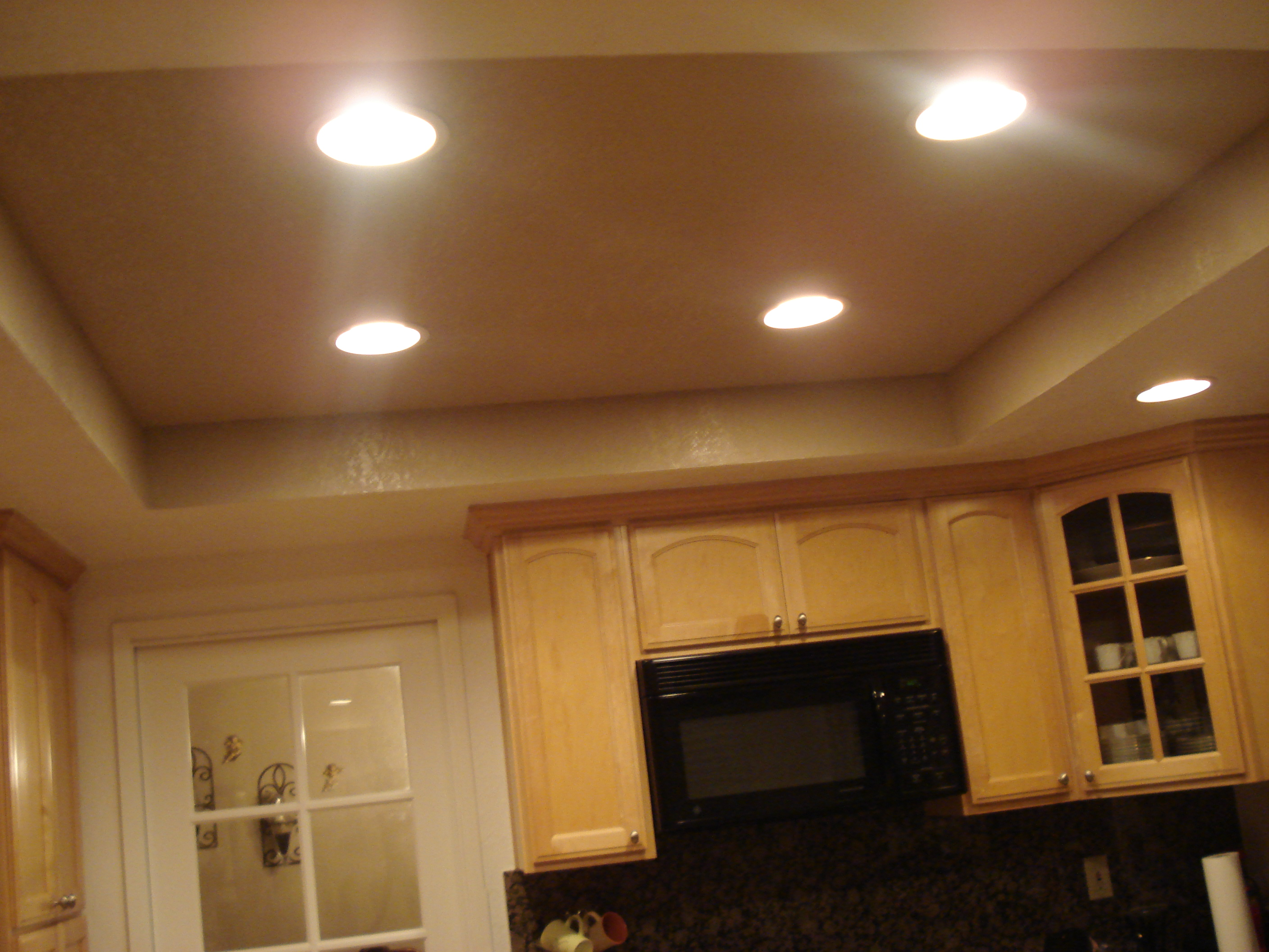 Recessed Lighting In Soffit - Democraciaejustica