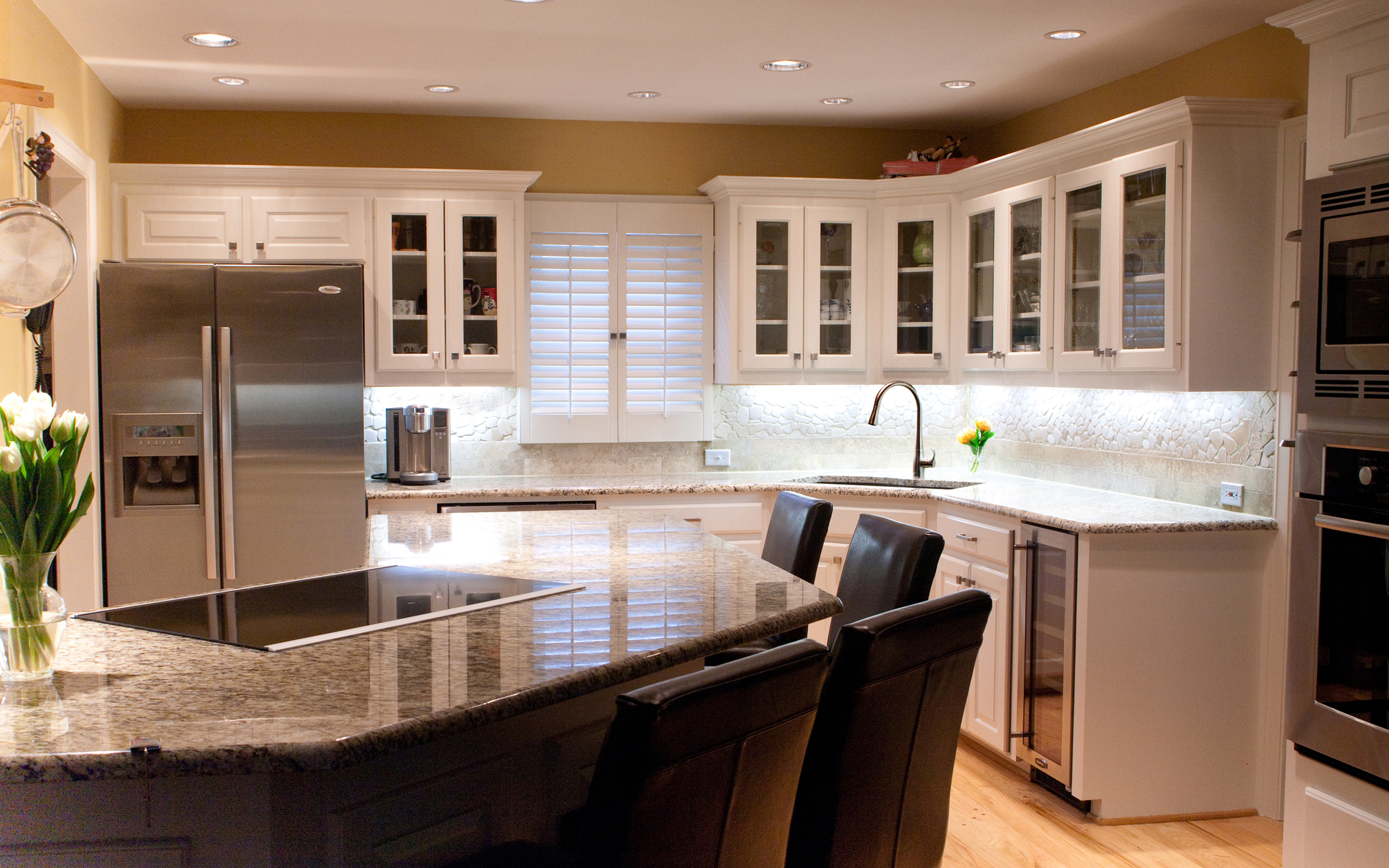 Kitchens absolute electric for Kitchen designs pictures